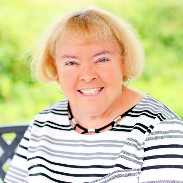 Lynne Mackey